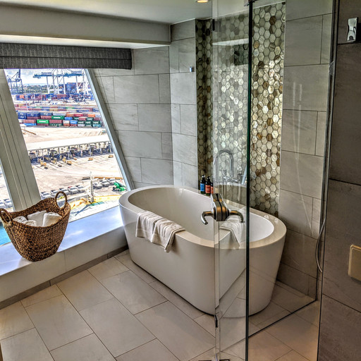 Ultimate Panoramic Suite