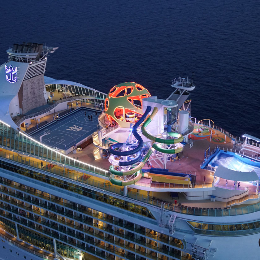 Mariner of the Seas Sports Deck | Courtesy of Royal Caribbean