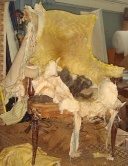 antique chair b_edited