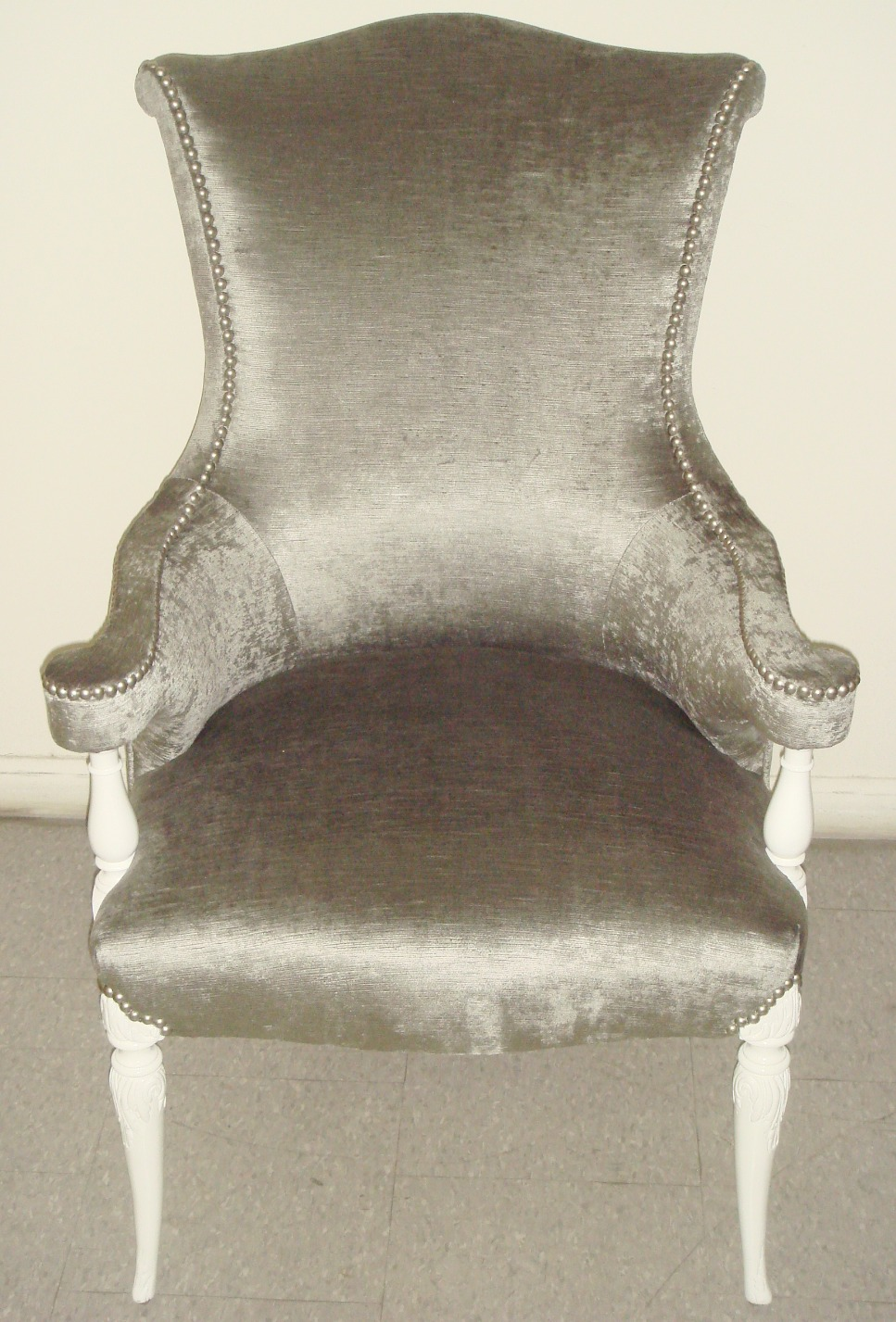antique chair a_edited