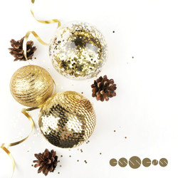 box-w-gold-balls