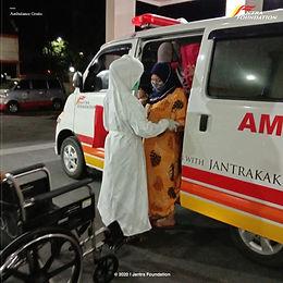 Peduli Masyarakat dengan Ambulans Gratis Jantra Foundation