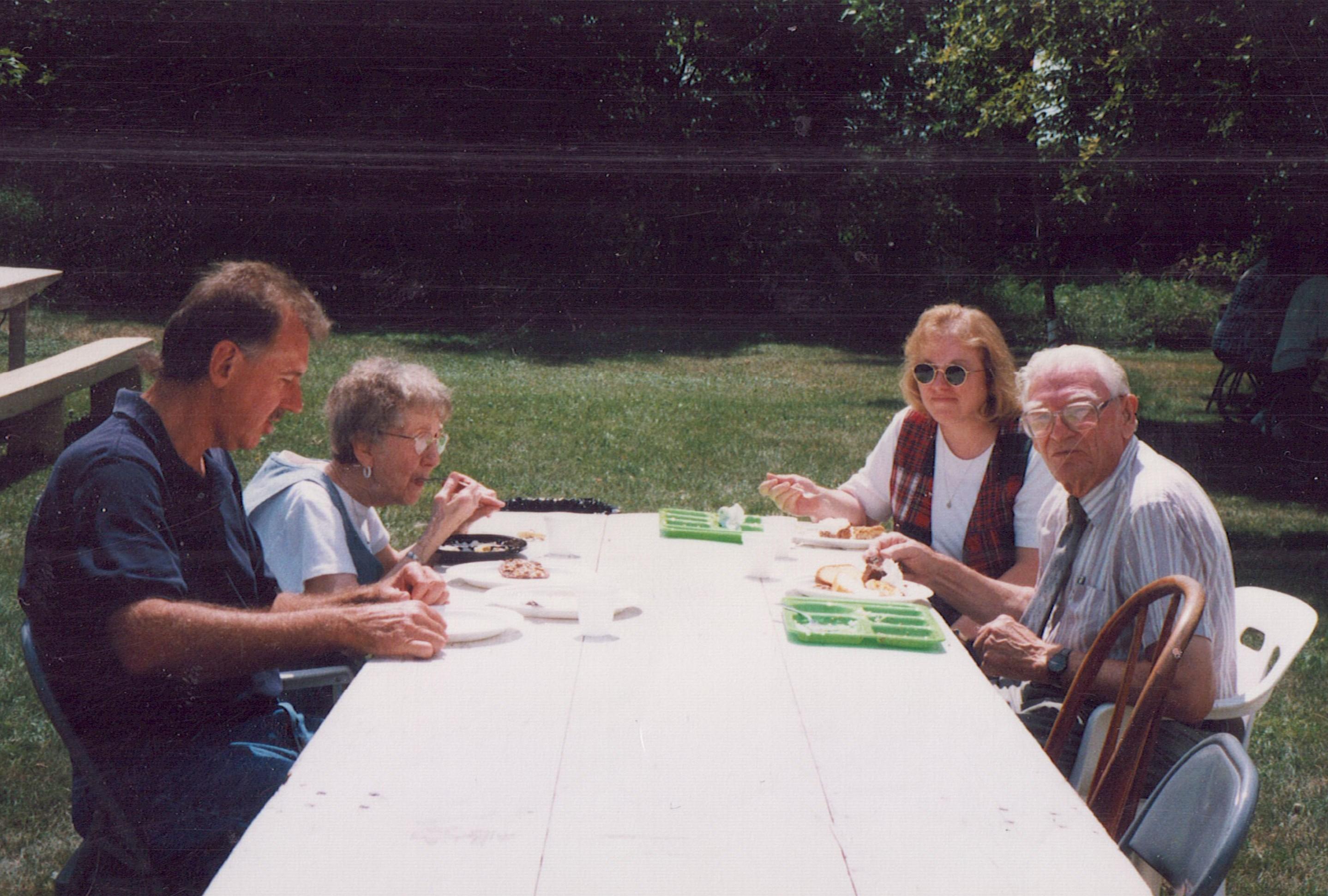 1999 Rick, Norma, Bonnie, Emmett