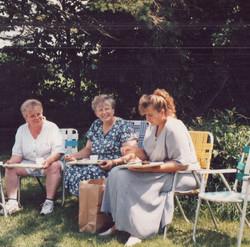 1998 Eileen Hertzberg, Rhonda