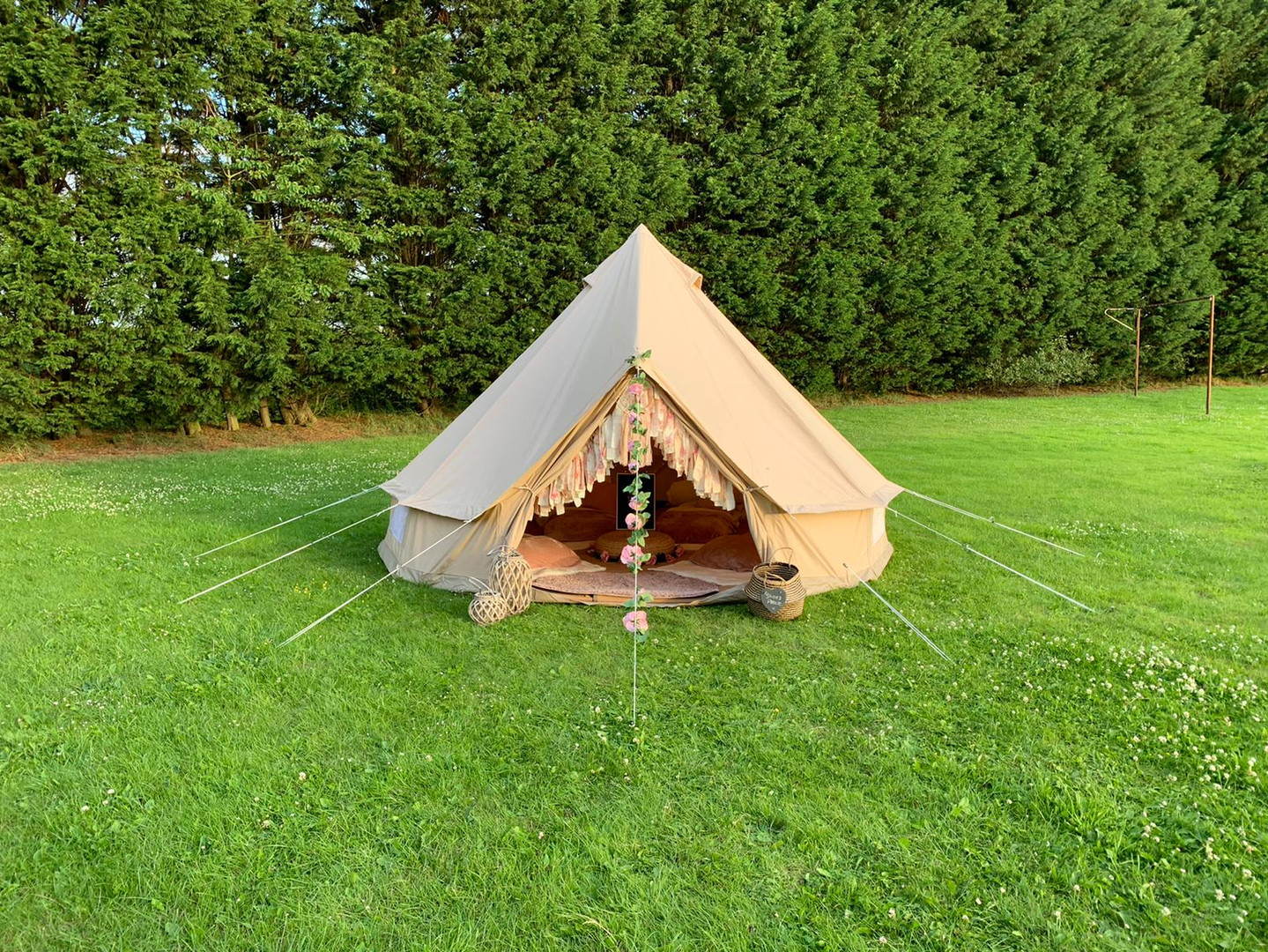 Boho bell tent hire