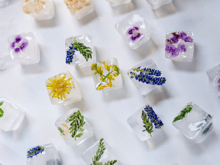 Garnished ice cubes