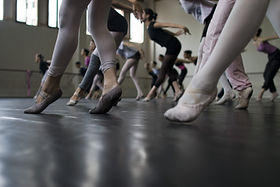 Dancers-in-class-audition.jpg