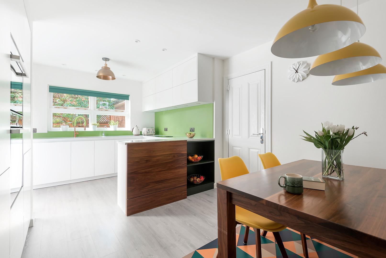 KitchenWide.jpg