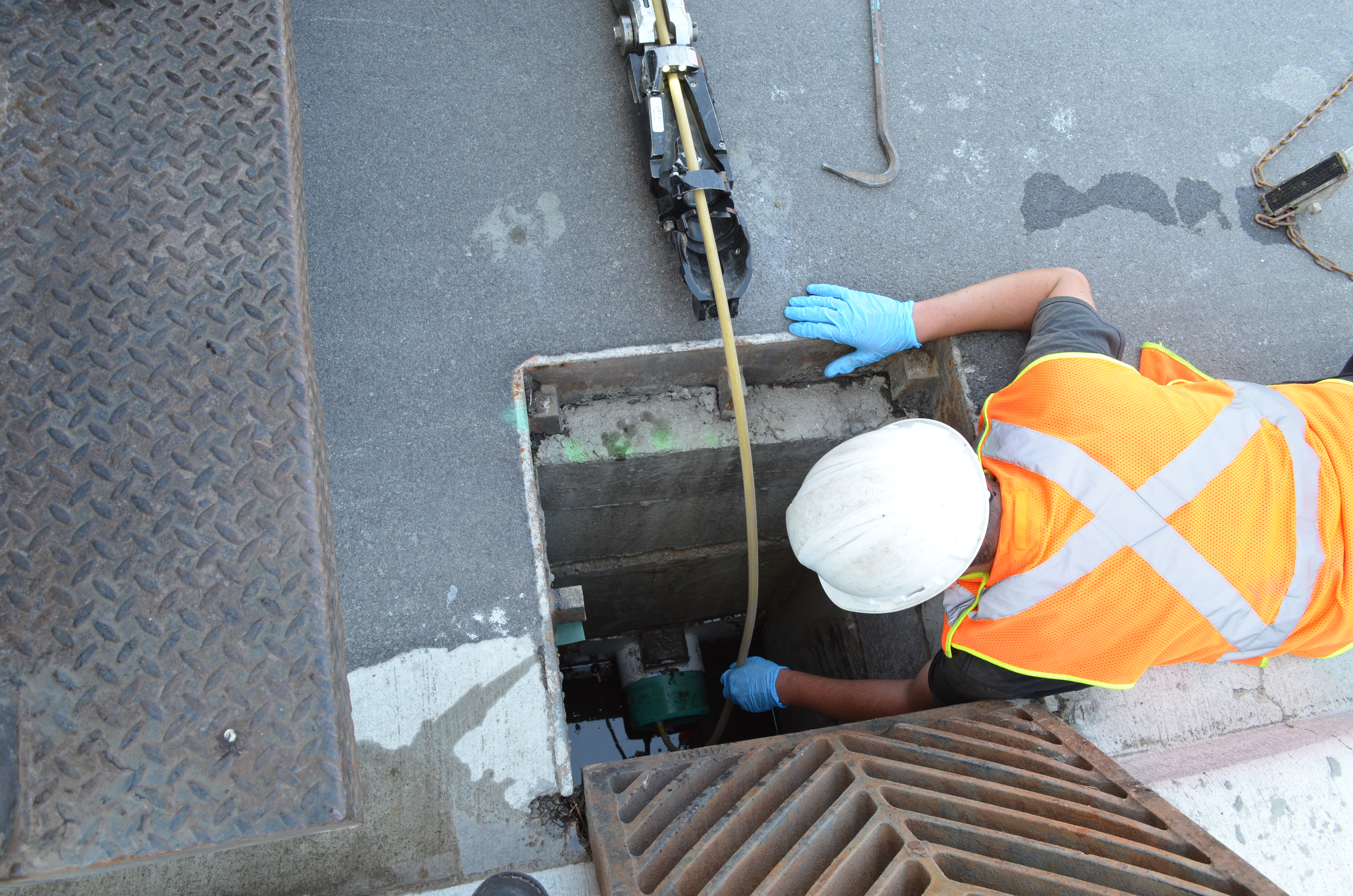 lateral launch pipe inspection