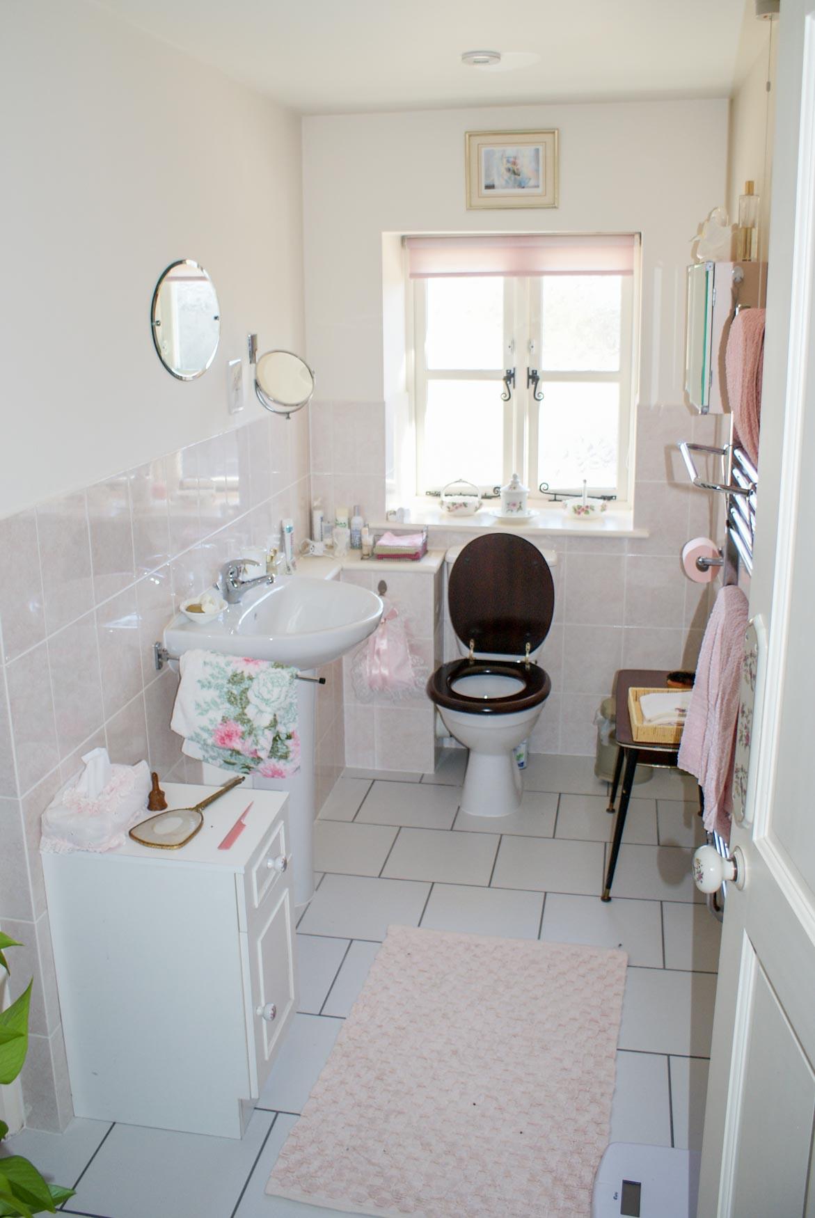 Bedroom Three En Suite