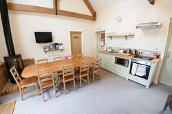 Kitchen & Communal Area