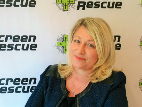 Franchisor, Amanda Hilario shares 7 great reasons to invest in a Screen Rescue franchise!