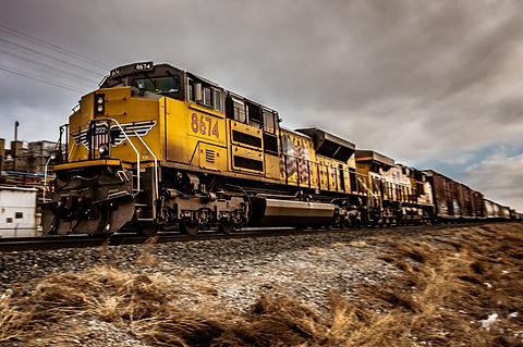 railroad-railway-train-1793503.jpg