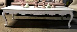 white-sofa-table