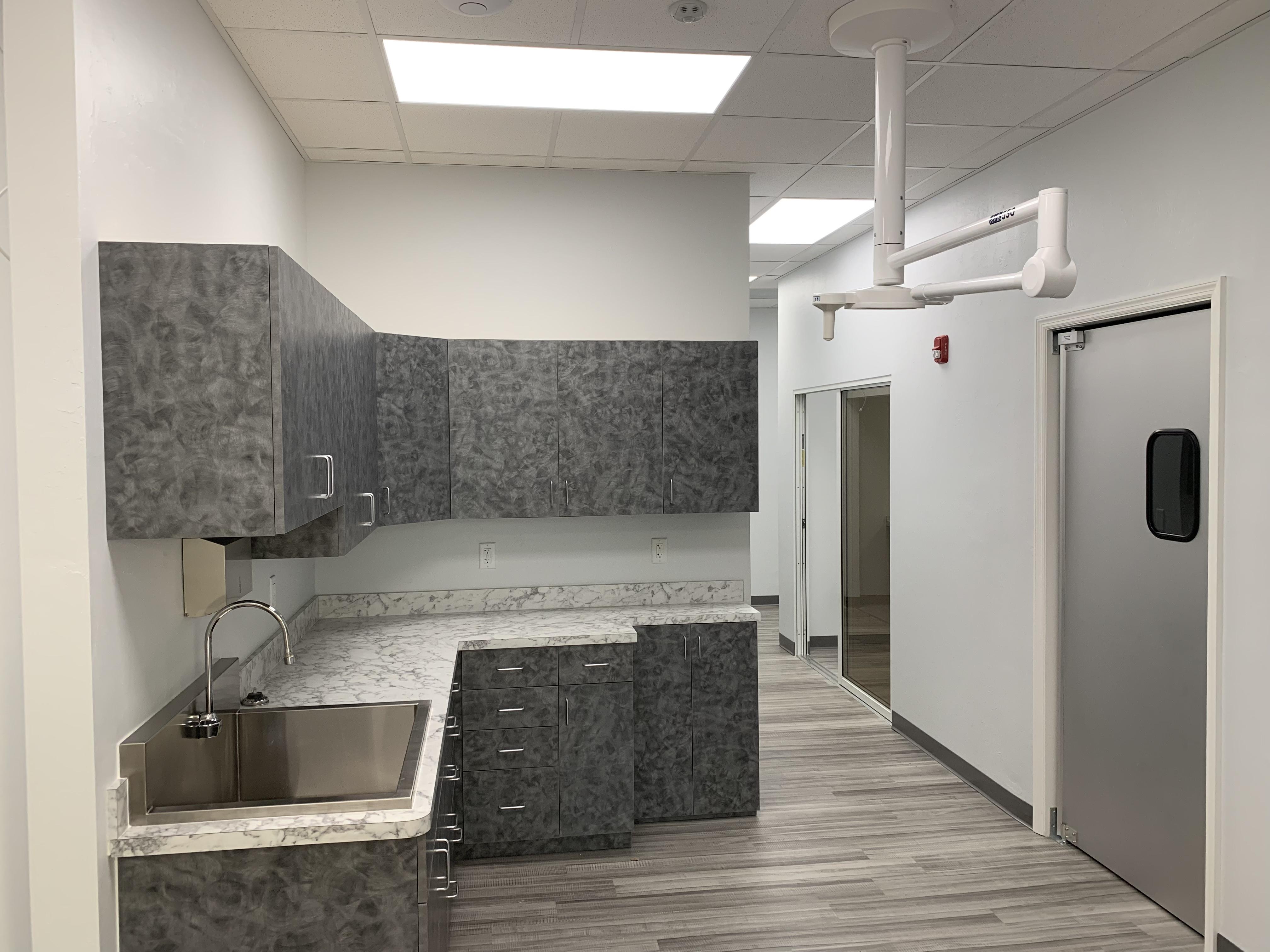 Vet Clinic - Prep Area 01.22.2019