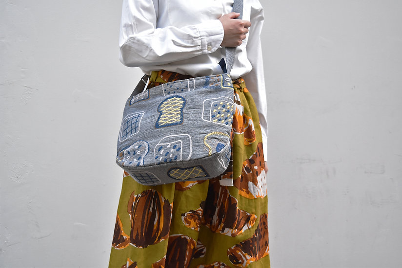 刺繍 Shoulder bag (cupra linen)