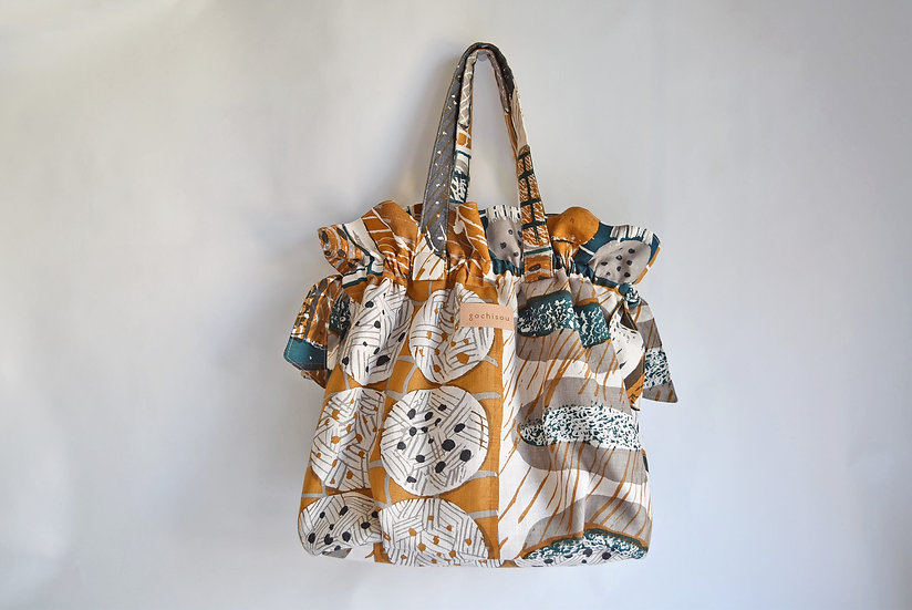 Linen gather tote bag