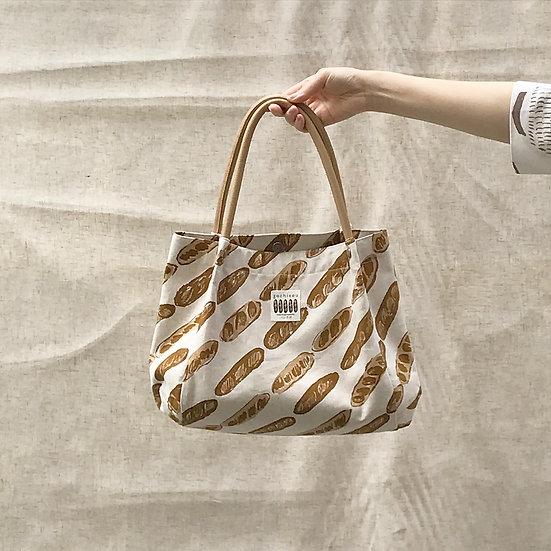 Leather wide bag / mini baguette