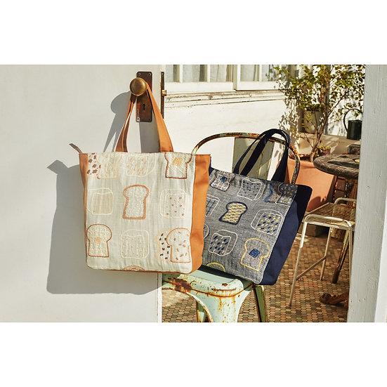 刺繍 Square tote bag