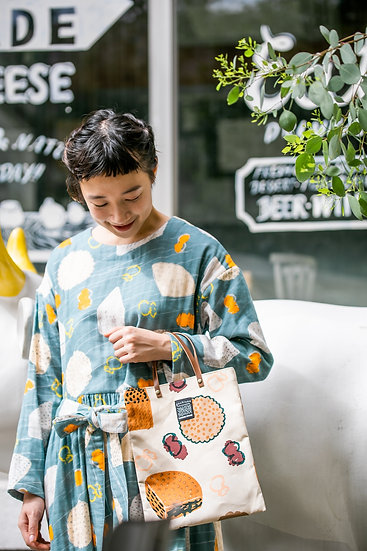 《CHEESE STAND》A4 tote bag