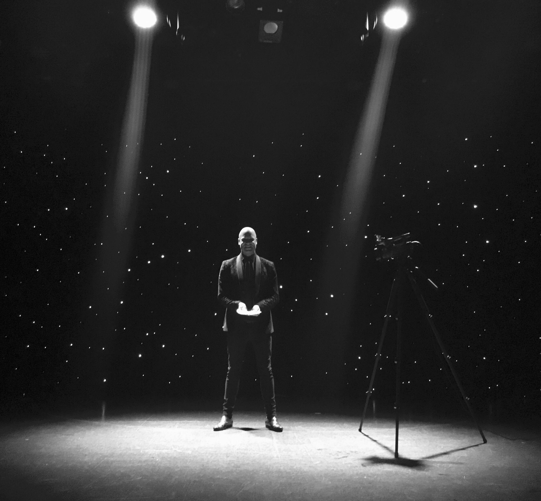 stage entertainment headline act Nick Britt Comedian & Magician