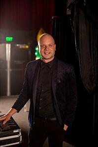 Nick_britt_magician.JPG