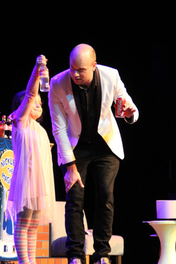 kids entertainer brisbane