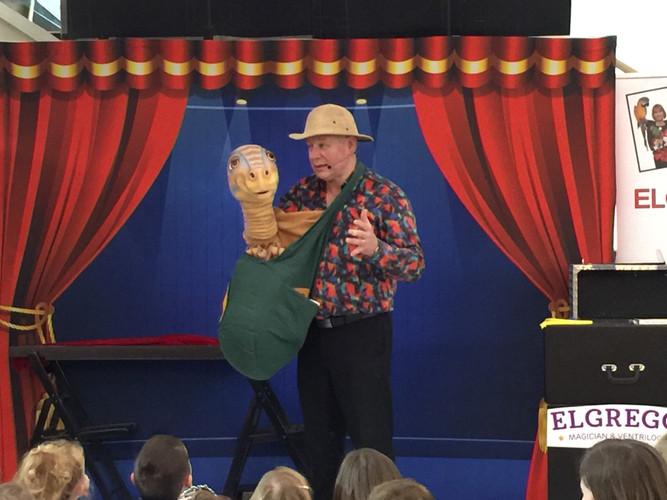 Magician Elgregoe New Zealand.JPG