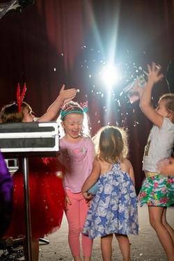 christmas_party_entertainment_christmas_