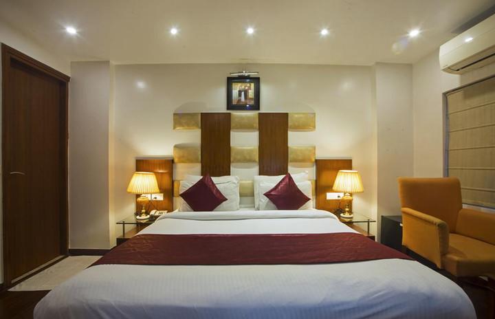Palm-dor-standard-room1.jpg