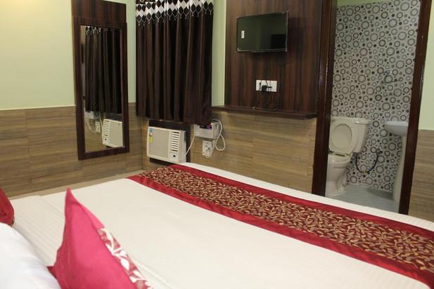 dwarkadheesh-room2.jpg
