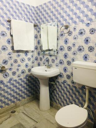 katra-bathroom1.jpg