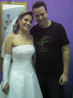 Especialista  em debutantes/noivas e madrinhas.
