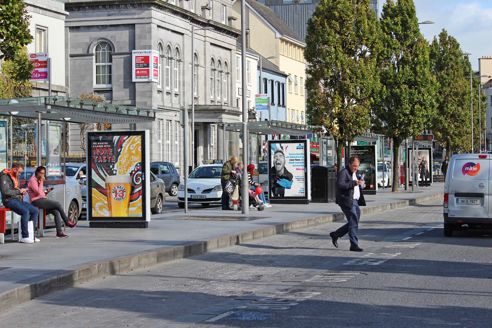 CLEAR CHANNEL - Adshel Eyre Square