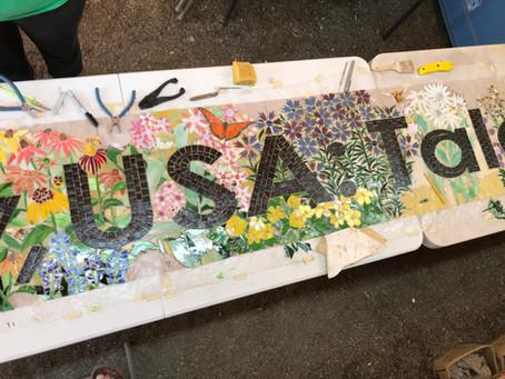 Helping mosaic friend Karen Rycheck!