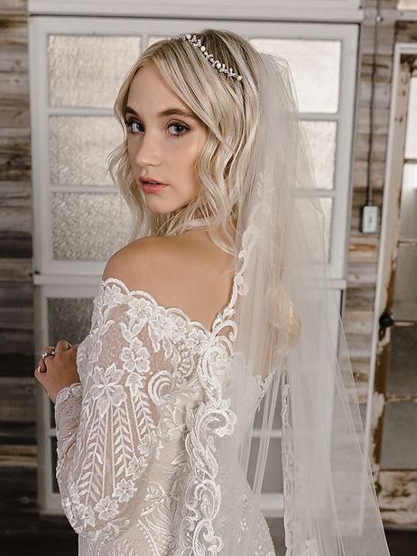 Envogue Lace Veil #1.jpg