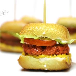 Pretzel Burger Bites