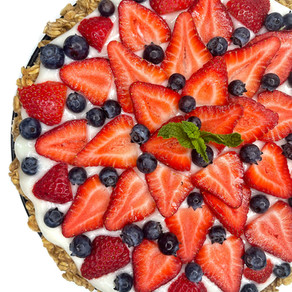 Healthy And Easy Fruit Pizza