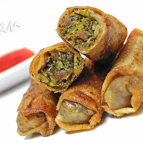 Beefless and Broccoli Egg Rolls