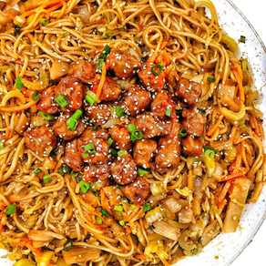 Chow Mein N' Porkless Bites