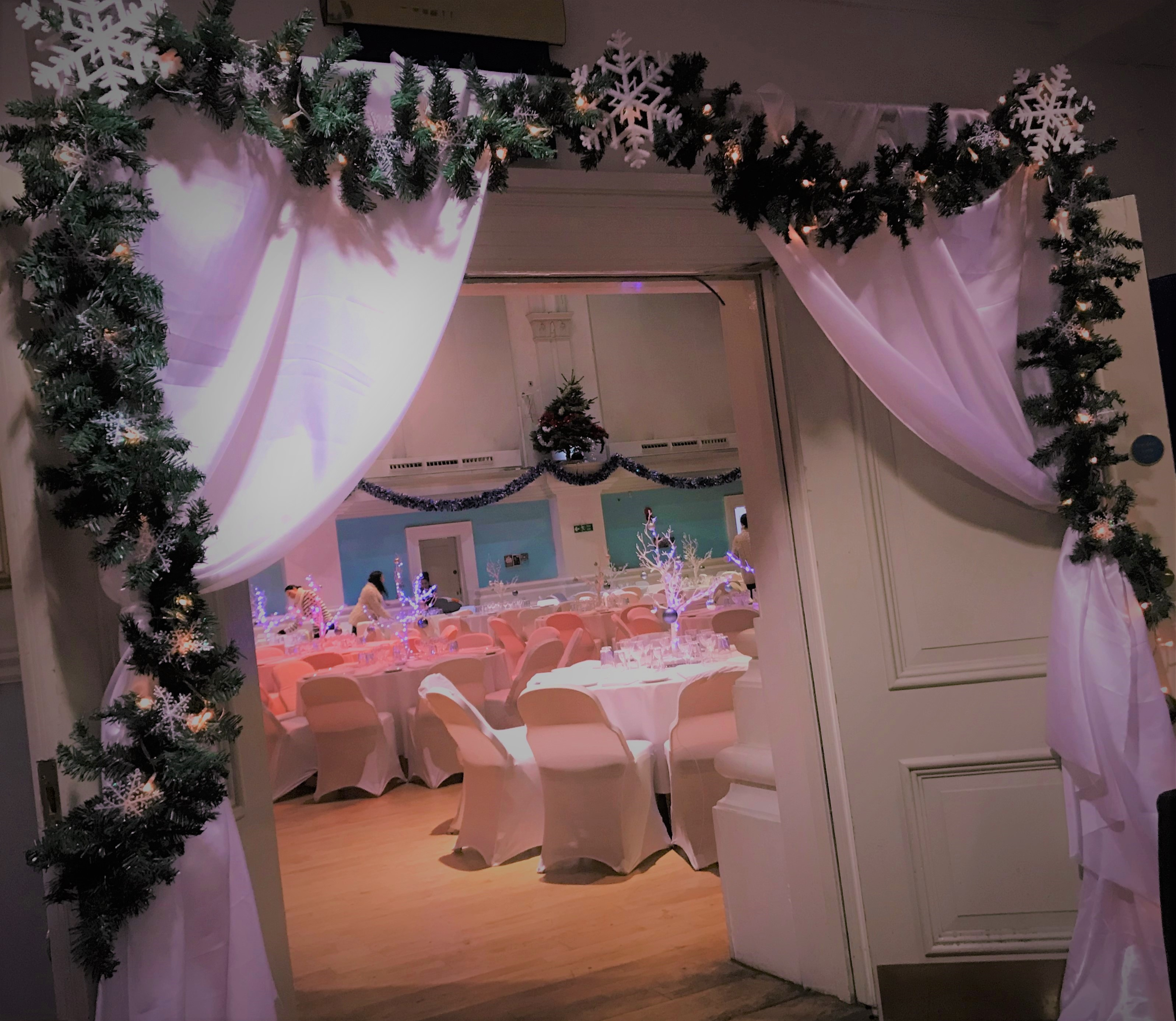 Winter Snowflake Archway Hire in Hertfordshire
