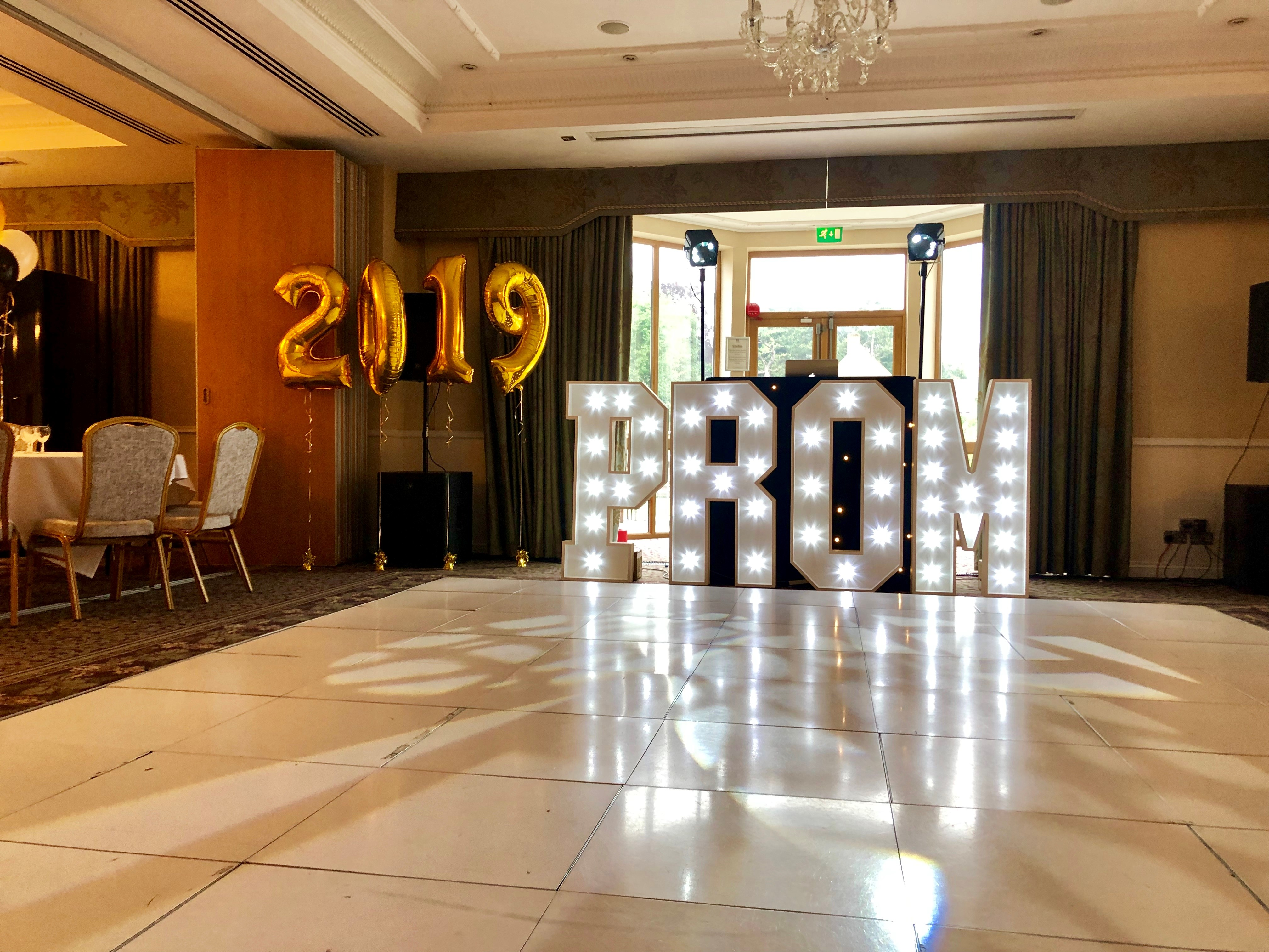 Prom Package Hire in Hertfordshire, Bedfordshire, Buckinghamshire, Essex & London