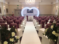Heart arch for hire in Hertfordshire