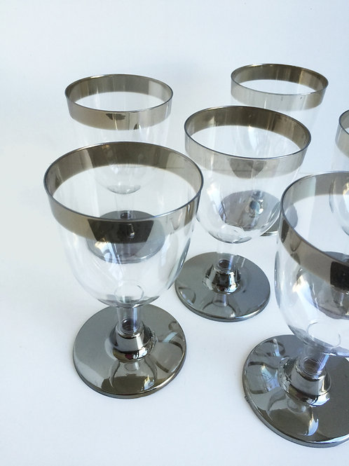 Plastic Wine cup- silver rim- 12 pcs