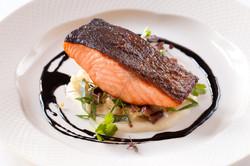 wedding-salmon-main-course-food-shot