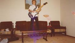 KI⚡⚡… IN THE FLESH… PLAYING IN MY GARAGE…(WTF!?)