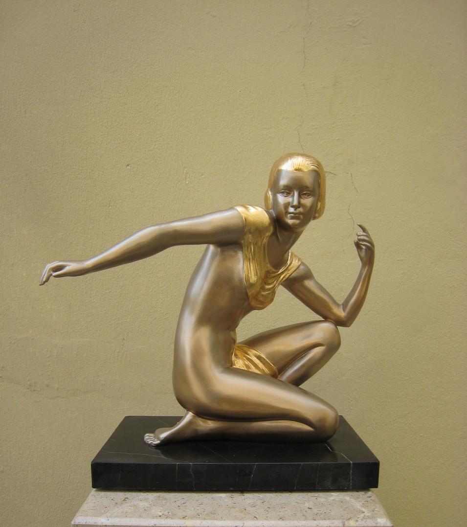 BRONZE SITTING LADY DECO