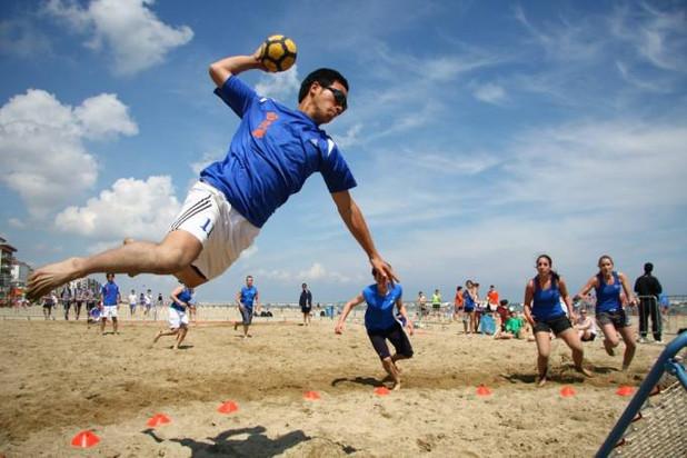 Beach Tchoukball du 12 juin: photos bientôt en ligne