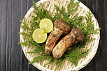今シーズンの中国産生松茸販売は終了いたしました。