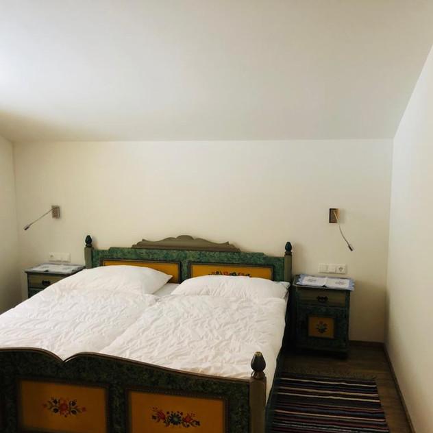 Schlafzimmer 2..jpg